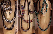 Yabal's ReCreations: homemade mode- en woonaccessoires van gerecycled goed